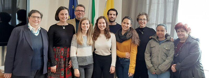 I volontari del servizio civile rientrano in Italia